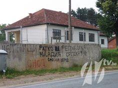 Zvornik: Policija RS-a reagirala na grafite podrške Naseru Oriću ali ne i na one u kojima se iskazuje podrška Ratku Mladiću | http://www.dnevnihaber.com/2015/06/zvornik-policija-rs-reagirala-na-grafite-podrske-naseru-oricu-ali-ne-i-na-one-u-kojima-se-iskazuje-podrska-ratku-mladicu.html