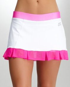 I don't play tennis, but sometimes the outfits reeally temp me. (: