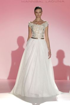 Los vestidos de novia de Hannibal Laguna foto 25...