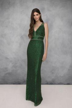 2bbf087b58 Jenny Packham Resort 2019 Fashion Show. Vestido AmarilloEscoteVestidos De  Fiesta ...