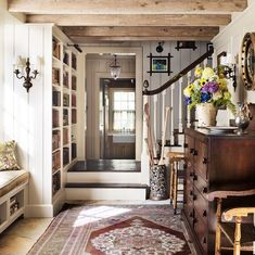 Pin by jill walker on house love in 2019 home decor, cottage furniture, cot Entry Way Design, Home, House Styles, Rustic House, House Design, Sweet Home, Cozy House, Interior, House Interior