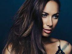 """""""Ladders"""": Confira mais uma música inédita de Leona Lewis #Cantora, #Novo, #Separação, #True http://popzone.tv/ladders-confira-mais-uma-musica-inedita-de-leona-lewis/"""