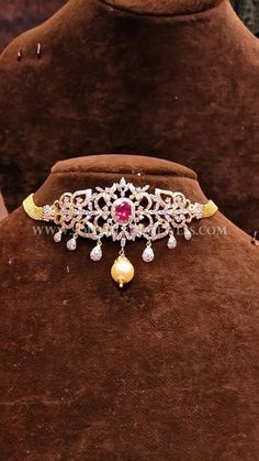 Gold Short Diamond Choker Necklace Collections, Gold Short Diamond Necklace Designs.
