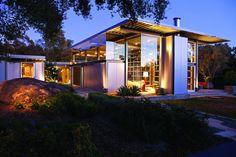 Montecito Residence in California by Barton Myers Associates