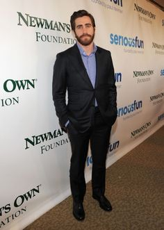 """Jake Gyllenhaal Rocks a Beard at """"A Celebration of Paul Newman's Dream"""" Event in NYC"""