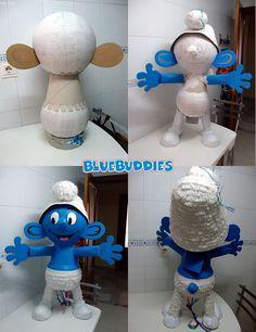 Piñatas~How To Make a Smurf Paralítico Paper Mache Paste, How To Make Pinata, Foam Carving, Diy And Crafts, Paper Crafts, Magazine Crafts, Ideas Para Fiestas, Partys, Birthday Diy