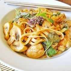 Klunker's Plant-Based Kitchen: Klunker's garlic and basil mushroom noodles