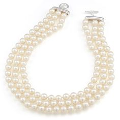 Pretty in Pearls : Wedding Jewelry Gallery : Brides