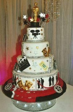 hollywood cake - Buscar con Google Movie Theme Cake, Movie Cakes, Movie Party, Hollywood Cake, Hollywood Theme, Beautiful Cakes, Amazing Cakes, Deco Cinema, Hollywood Birthday Parties