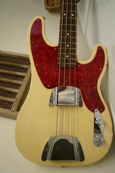 Fender Telecaster Bass