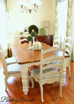 Dining Table & Chairs Makeover using Chalk Paint® decorative paint by Annie Sloan | By Bentley Blonde