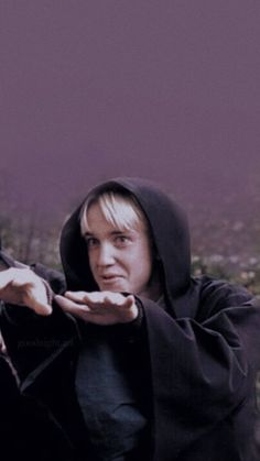 Draco Harry Potter, Photo Harry Potter, Magia Harry Potter, Estilo Harry Potter, Mundo Harry Potter, Harry Potter Icons, Harry Potter Tumblr, Harry James Potter, Harry Potter Pictures