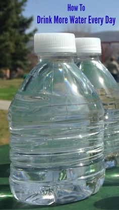 5 Tips: How to Drink More Water Every Day #spon
