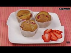 Super Yummy Strawberry Muffins- I love muffins! They are super easy to make, delicious and simply adorable. This is always a simple and great solution for a quick breakfast or snack, and perfect for grab-and-go.