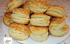 Fornetti pogácsa recept fotóval Hungarian Recipes, Winter Food, Cake Recipes, French Toast, Deserts, Food And Drink, Appetizers, Cooking Recipes, Yummy Food