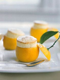 Little Lemon Souffles. :) scifisiren Little Lemon Souffles. :) Little Lemon Souffles. Lemon Desserts, Lemon Recipes, Fun Desserts, Yummy Recipes, Delicious Desserts, Dessert Recipes, Cooking Recipes, Yummy Food, Lemon Cakes