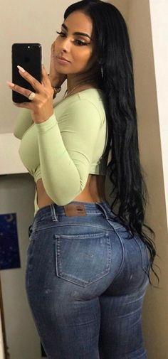 Wow Hair Products, Full Figure Fashion, Plus Size Bikini, Plus Size Fashion For Women, Gorgeous Women, Beautiful, Sexy Jeans, Sexy Women, Curvy Women
