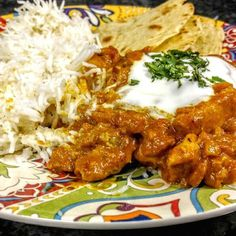 Indian Chicken Curry (Murgh Kari) Chicken breasts simmer in a curry sauce with yogurt, tomatoes, onion, garlic, and ginger in this spicy Indian dish. Indian Chicken Dishes, Indian Butter Chicken, Indian Dishes, Chicken Breast Curry, Chicken Curry, Chicken Breasts, Bbq Chicken, Easy Chinese Recipes, Indian Food Recipes