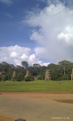 Clear blue sky of Siem Reap