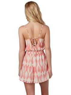 We love the keyhole cut out on the back of the Tainted Love Romper #FestivalBound