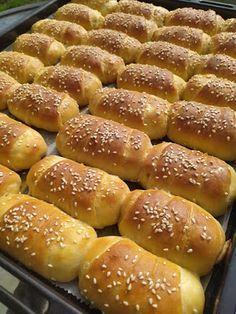 Greek Recipes, New Recipes, Cake Recipes, Cooking Recipes, Greek Dishes, Hot Dog Buns, Hot Dogs, Pretzel Bites, Cooking Time