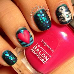 Mattefied mani using Sally Hansen - Mermaid's Tale www.capitalpolish.blogspot.com
