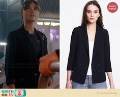 Clara's navy blazer on Doctor Who. Outfit Details: http://wornontv.net/36832/ #DoctorWho