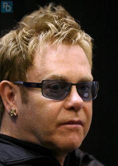 Young Elton John   Neil Young, Carlos Santana, Elton John, Rammstein aux Vieilles ...