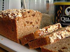 ammodomio: Pane integrale al miele con fiocchi e crusca di avena.