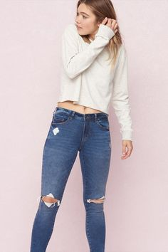Super Soft High Waist Jegging Teen Fashion, Style Fashion, Trendy Outfits, Cute Outfits, High Waist Jeggings, Jeans Style, Garage, Skinny Jeans, Street Style