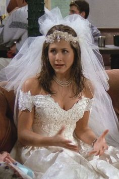 Wedding Dress Lace 'Friends': Rachel Green- ellemag - The weddings might have been fictional, but the gowns are still GORGEOUS. Movie Wedding Dresses, Famous Wedding Dresses, Green Wedding Dresses, Wedding Movies, Wedding Dress Styles, Gown Wedding, Lace Wedding, Rachel Friends, Friends Tv