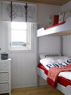 MARITIMT: Det maritime soverommet har gjennomg?ende bruk av r?dt og ...