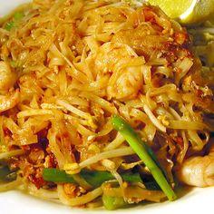 9 specialităţi din varză murată | Cultură și Vacanțe, Lifestyle | Libertatea.ro Japchae, Food And Drink, Ethnic Recipes, Food