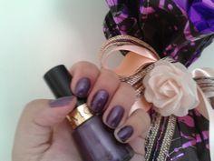 Make Viagem: BC Esmalte e Páscoa com Revlon Violet no blog da Andreia Sales