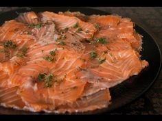 Saumon gravlax - recette de saumon séché au sel et aux épices dit gravlax - Recette par Chef Simon