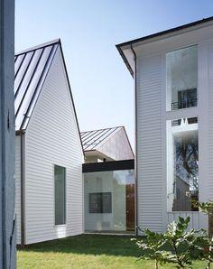 Blue Ridge Farmhouse Addition / Robert Gurney Architect