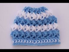 How to Make a Crochet Cap for Kids very easy. This week I teach you to make this nice hat for children very easy and fast to do. I hope you like it. Crochet Baby Bonnet, Crochet Baby Hat Patterns, Crochet Cap, Crochet Baby Clothes, Crochet Stitches, Crochet Hooded Scarf, Crochet Beanie, Crochet Crafts, Crochet Projects