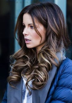 Cute Hairstyles for Curly Hair - 31