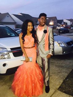 Here are the cutest prom dresses of 2015 you have been looking for. Prom Dresses 2016, Cute Prom Dresses, Prom Outfits, Beautiful Prom Dresses, Mermaid Evening Dresses, Evening Gowns, Prom Goals, Bae Goals, Prom Couples