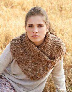 Book Special Pacha-Mama 1 Autumn / Winter   4: Woman Cape   Beige-Medium beige