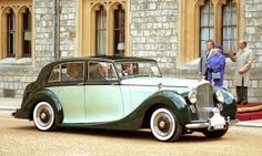 1948 Bentley Mark VI Saloon by Freestone & Webb