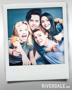 Already missing Riverdale. Hang out with the gang and stream the latest episodes on The CW App. Riverdale, May 2018 Kj Apa Riverdale, Riverdale Netflix, Riverdale Aesthetic, Riverdale Funny, Riverdale Memes, Riverdale Poster, Riverdale Tv Show, Riverdale Tumblr, Riverdale Comics