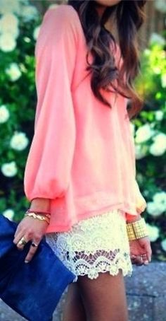 Lace skirt/pretty pink blouse  Pop of color on the bag.  Great date night outfit