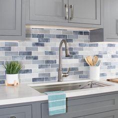 Kitchen Redo, Home Decor Kitchen, Kitchen Interior, Blue Kitchen Backsplash, Blue Kitchen Ideas, Blue Gray Kitchen Cabinets, Backsplash For White Cabinets, Kitchen Backsplash Inspiration, Colorful Kitchen Decor