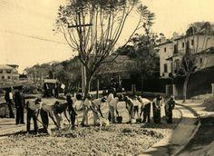 06-09-1935 - Rua Atibaia, no bairro de Perdizes, em obras de pavimentação.