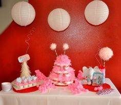 Dr. Seuss baby shower ideas...photos of decorations and food