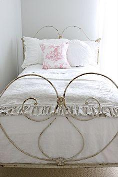 my little girls room someday?..... <3