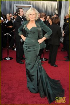 Glenn Close--Oscars 2012 Red Carpet The 64-year-old actress wore a green Zac Posen gown, Judith Leiber bag, and a pair of Bulgari earrings!   stillblondeaftera...