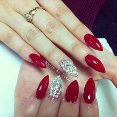 ..Red sparkle pointy nails - nail art