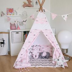 FREE SHIPPING teepee Soft pink clouds kids teepee by VigvamShop